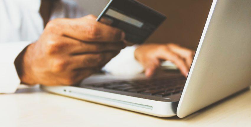 Visa: España, durante la pandemia COVID-19, ha subido un 52% el comercio electrónico y un 15% los pagos con el móvil